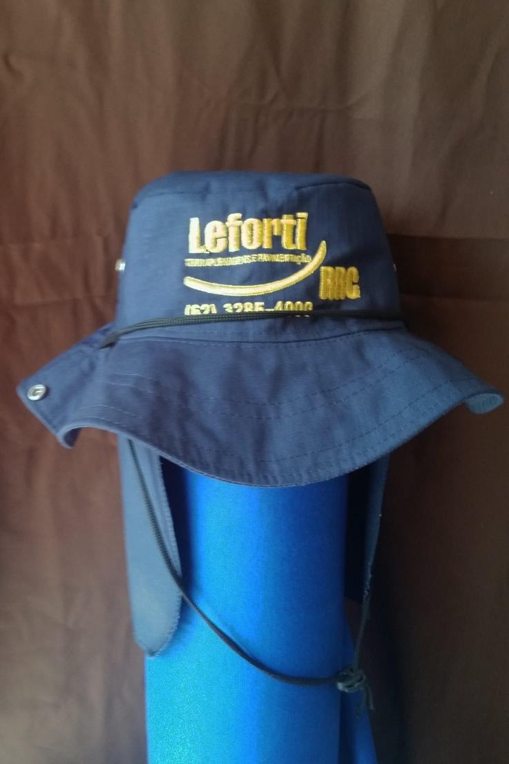 Chapéu brim com proteção de nuca